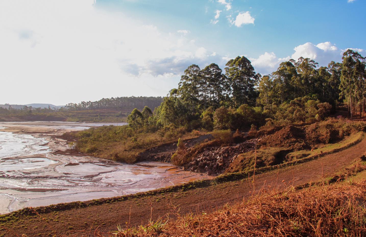 Rompimento Barragem Itabirito